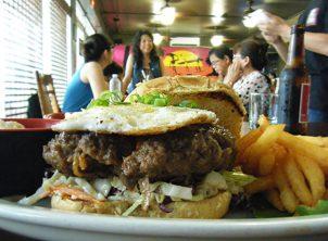 グアムの地元レストラン<ナプ>でランチを食べる! Napu Restaurant.